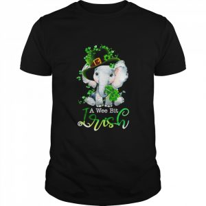 Elephant A Wee Bit Irish Green For Patrick's Day Lover  Classic Men's T-shirt