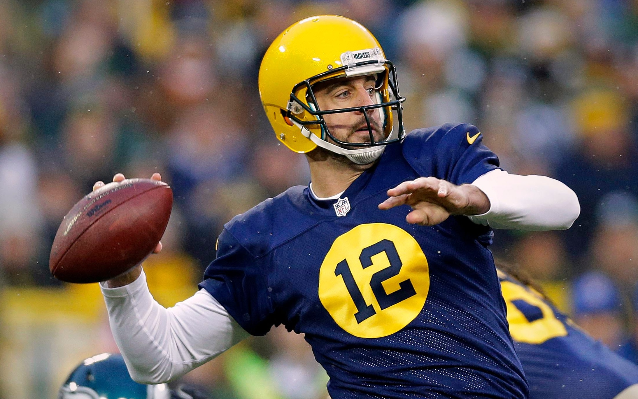 Broncos a probable trade destination for Aaron Rodgers as QB Packers could split