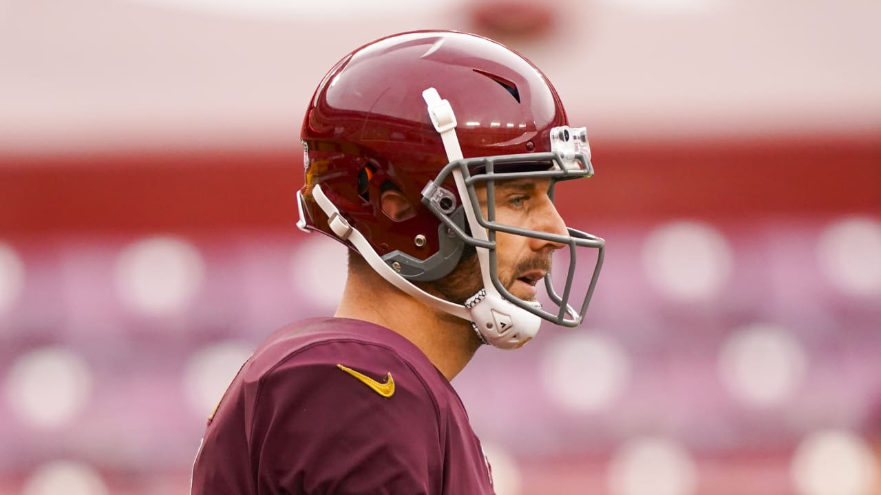 Alex Smith announces retirement after 16-year career in NFL